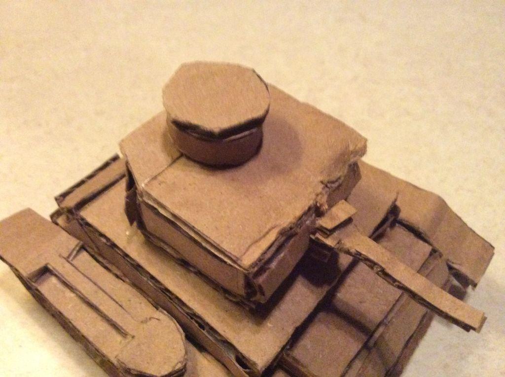 Как сделать своими руками танк из картона 35