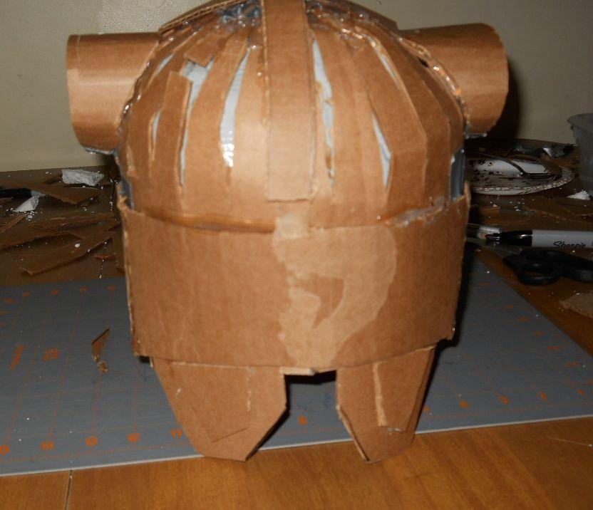 Как сделать своими шлем для богатыря из картона