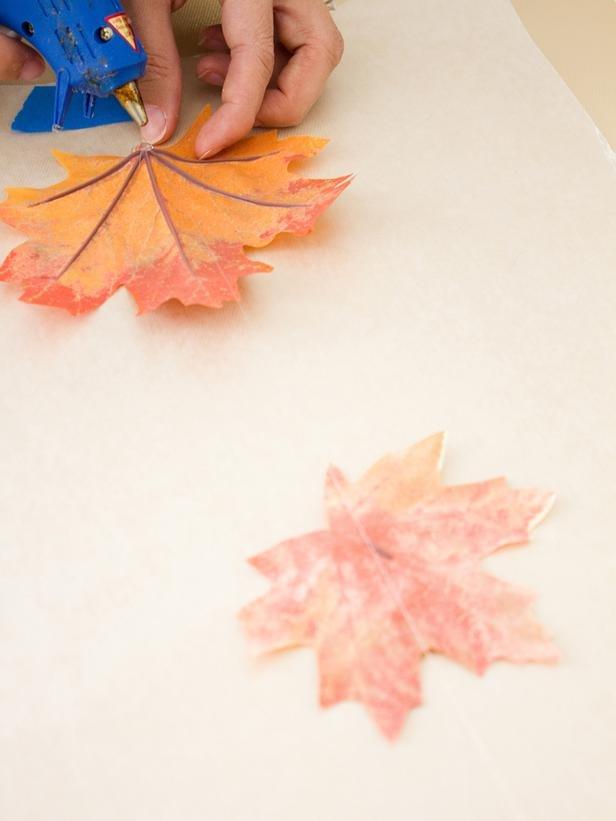 Большие осенние листья из бумаги своими руками 74
