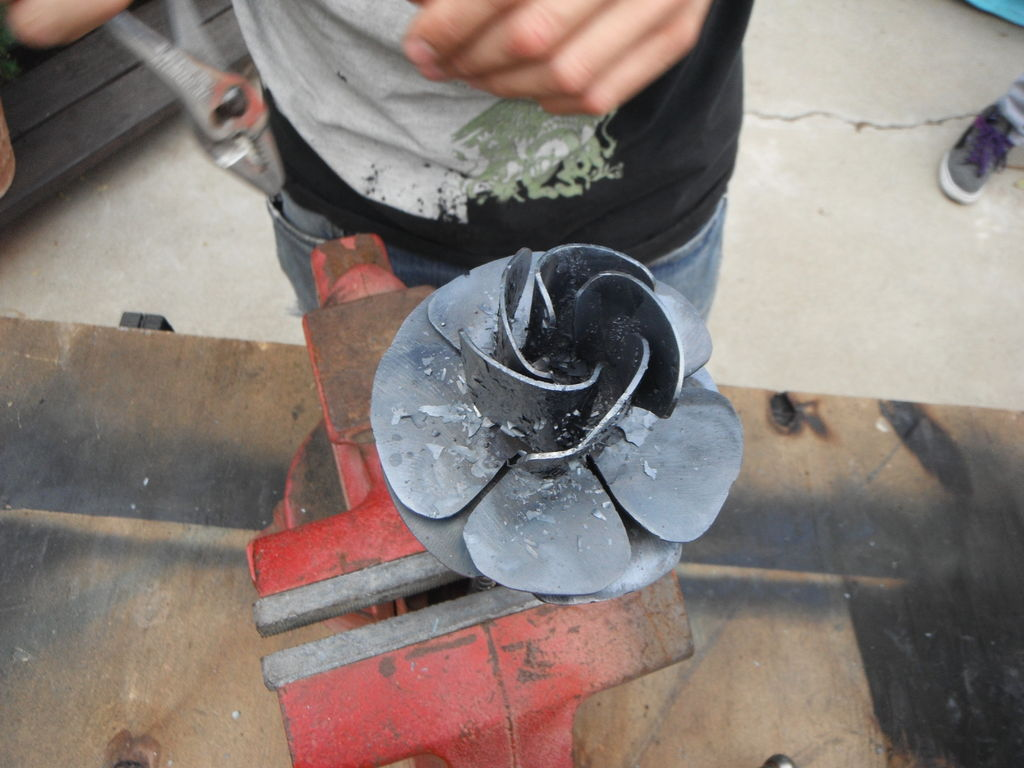 Изготовление цветов из металла своими руками