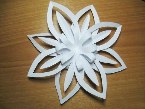 Как сделать красивые объемные снежинки из бумаги своими руками