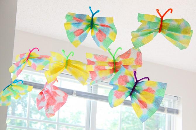 Бабочки из бумажных полотенец Самоделки поделки - BigHandMade