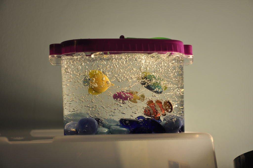 Как сделать декоративный аквариум своими руками