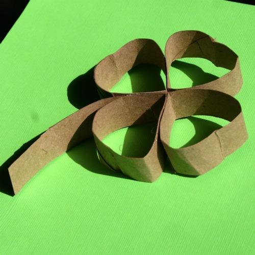 Как из картона и бумаги сделать цветы