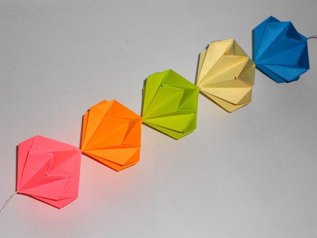 Как сделать из бумаги фейерверк красиво и просто